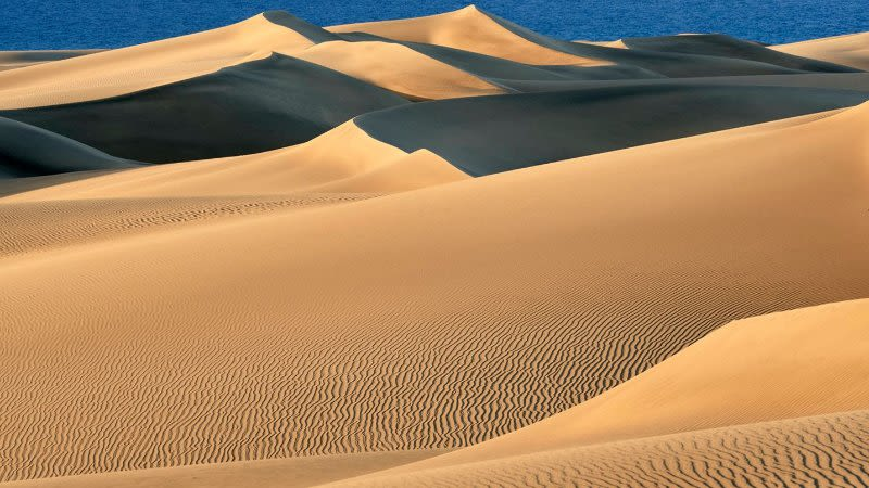 maspalomas dunes gran canaria after lockdown