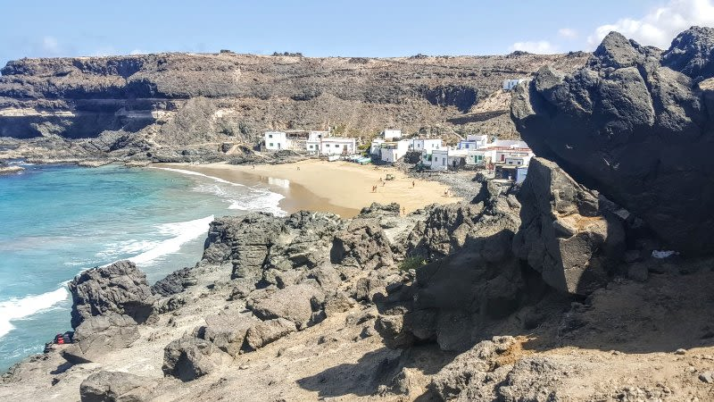 canary islands weather june