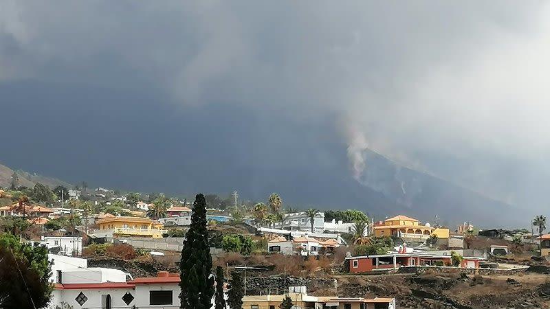 new eruptive mouth la palma volcano canary islands