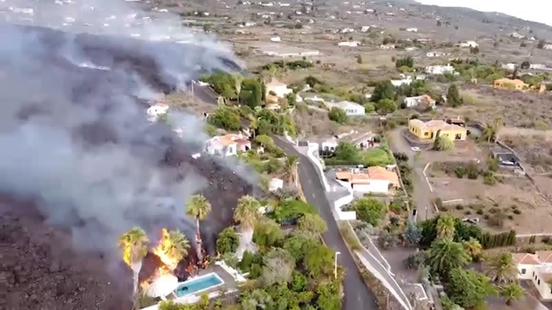 new volcanic mouth la palma eruption 2021