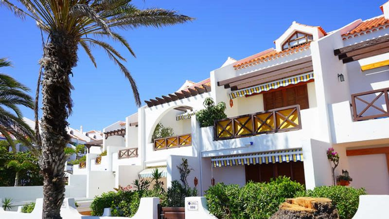 Tenerife holiday rentals article
