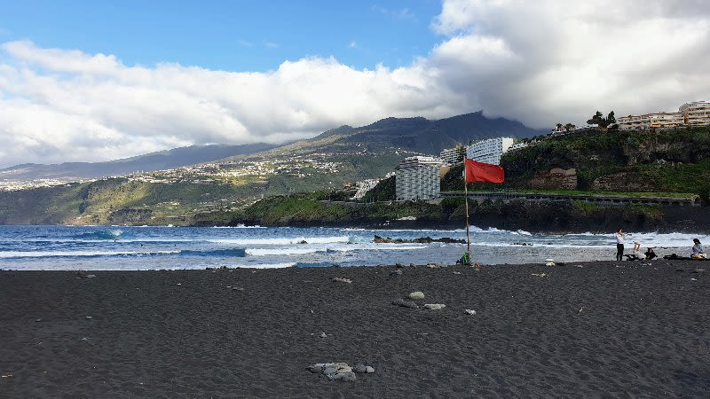 playa martianez tenerife
